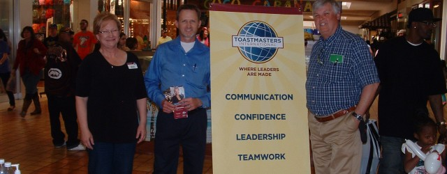 Over the weekend, several Lubbock Toastmasters came together to set up marketing tables at both Mardel Christian Bookstore and South Plains Mall.  Using the tried and true approach of talking...